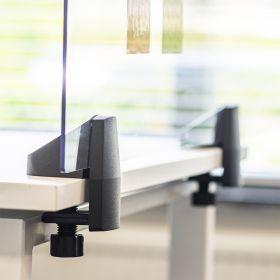 Schreibtisch-Trennwand - Acrylglas-Schutzwand - 58x160cm - Einzeltisch - Klemmbar & koppelbar